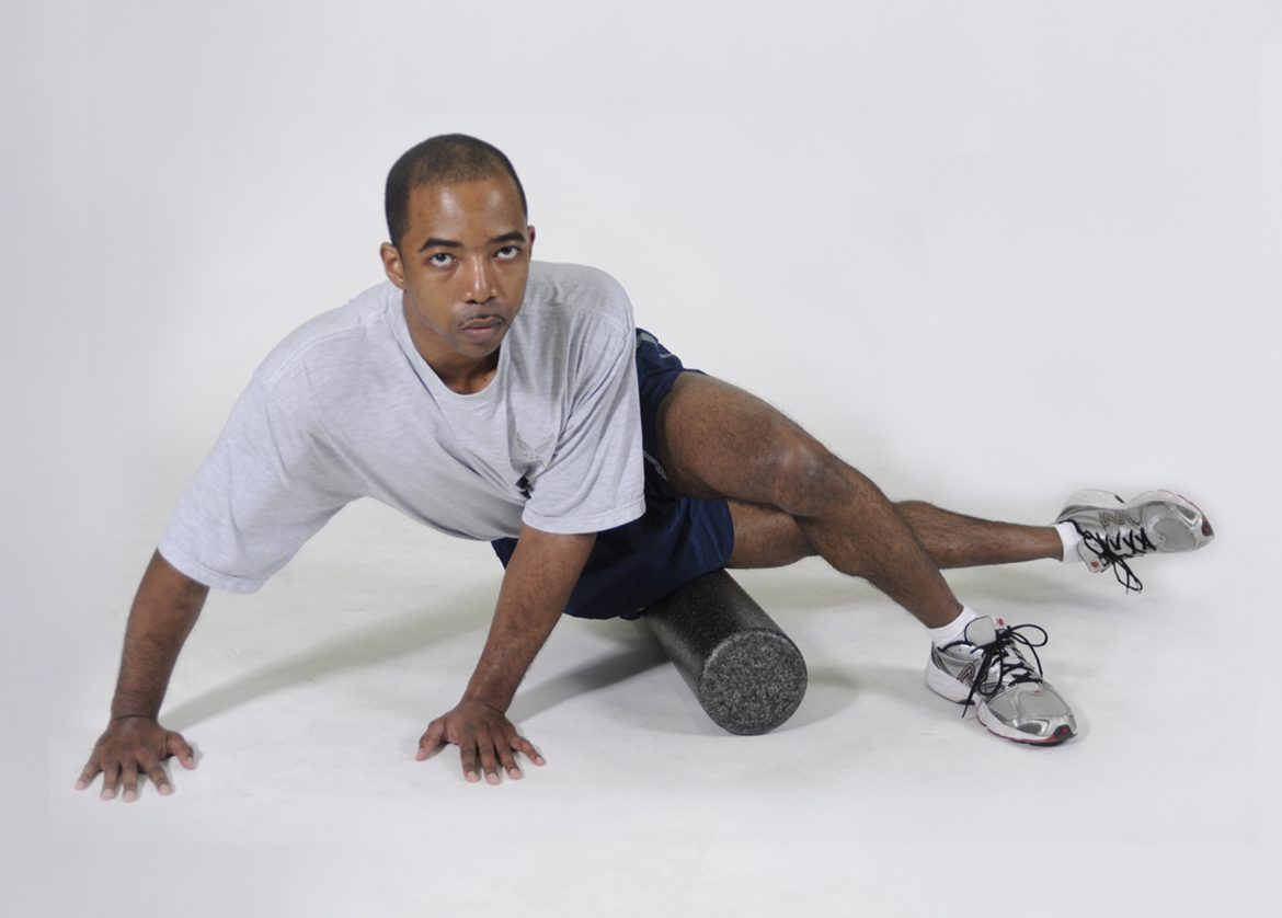 foam rolling the ITB